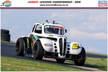 Fourie clinch the coveted Overall and the 2016 INEX Legends Pro Division crown