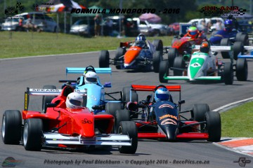Nicolas Zavallone (Speads RH08) leading the growing pack of Formula Monoposto racers